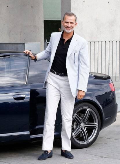 Король Филипп в лоферах Gucci, 2019 год .