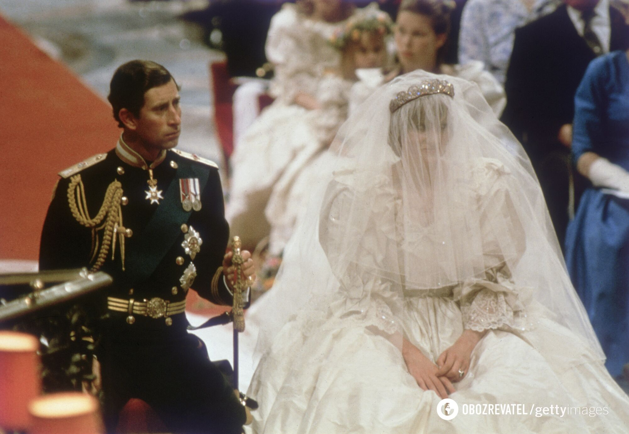 Свадебный наряд леди Ди был оценен в 151000 фунтов стерлингов