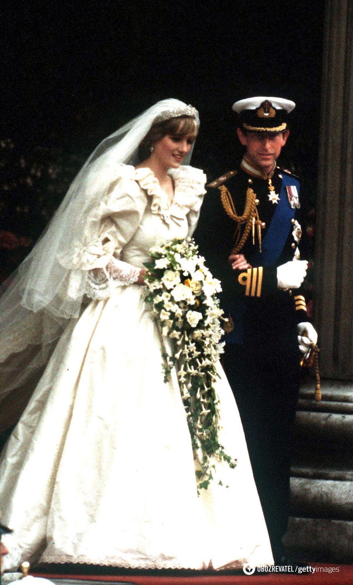 Как выглядело свадебное платье принцессы Дианы