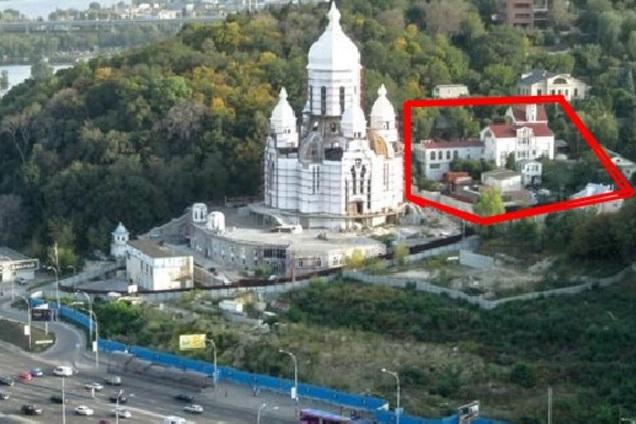 У Києві пастора Кунця викрили у розкраданні церковного майна: деталі скандалу
