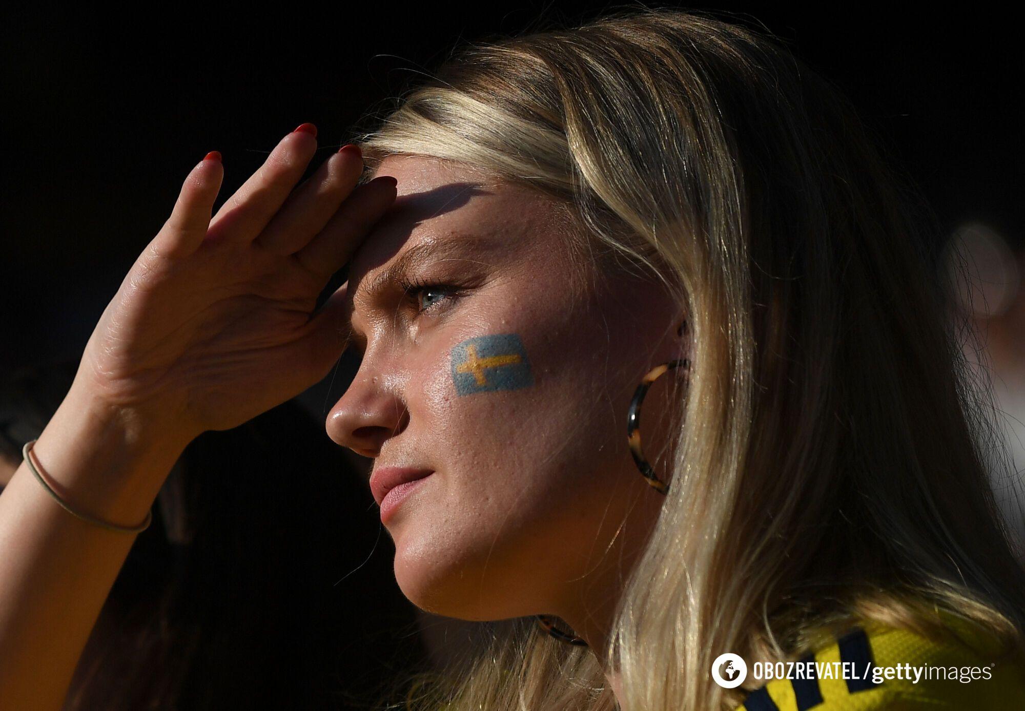 Фанатка збірної Швеції.