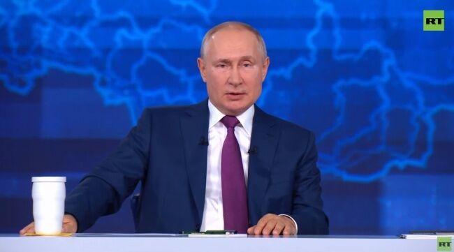 Путин в студии российского телеканала