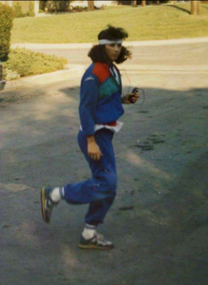 Дівчата одягали спортивні костюми у 80-х