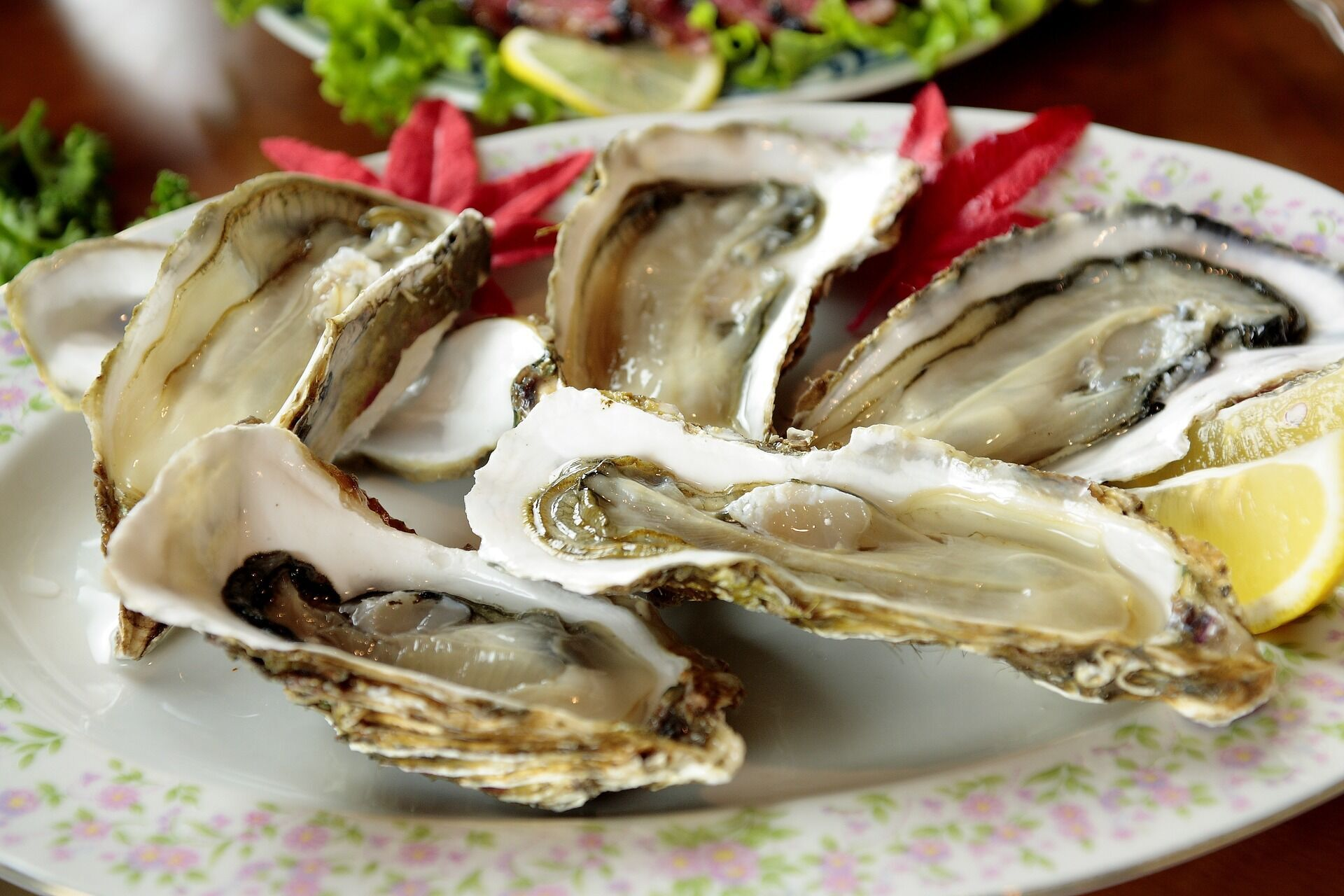 В 100 граммах моллюсков содержится 0,03 г железа