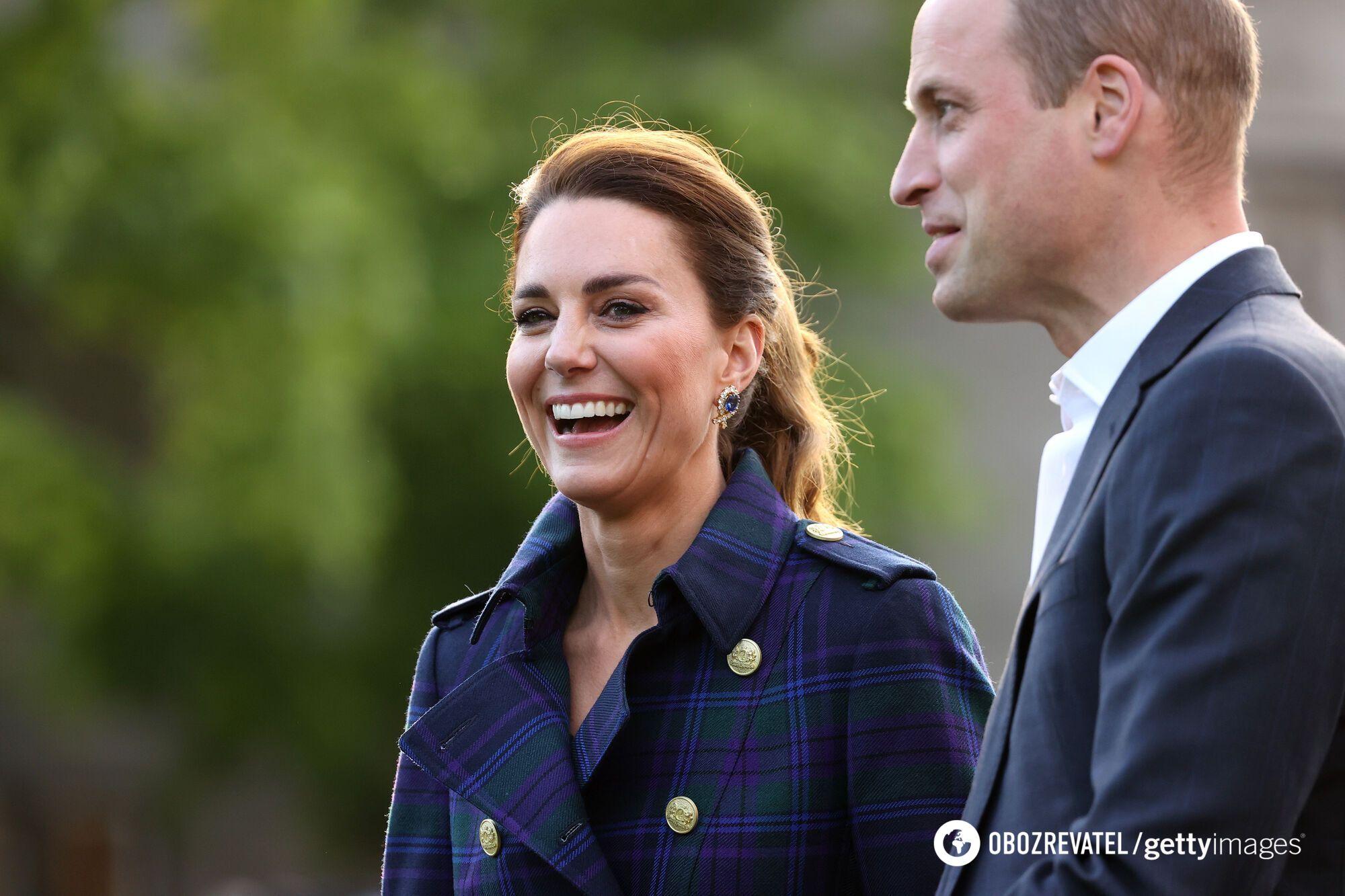 Кейт Міддлтон і принц Вільям познайомилася у 2001 році