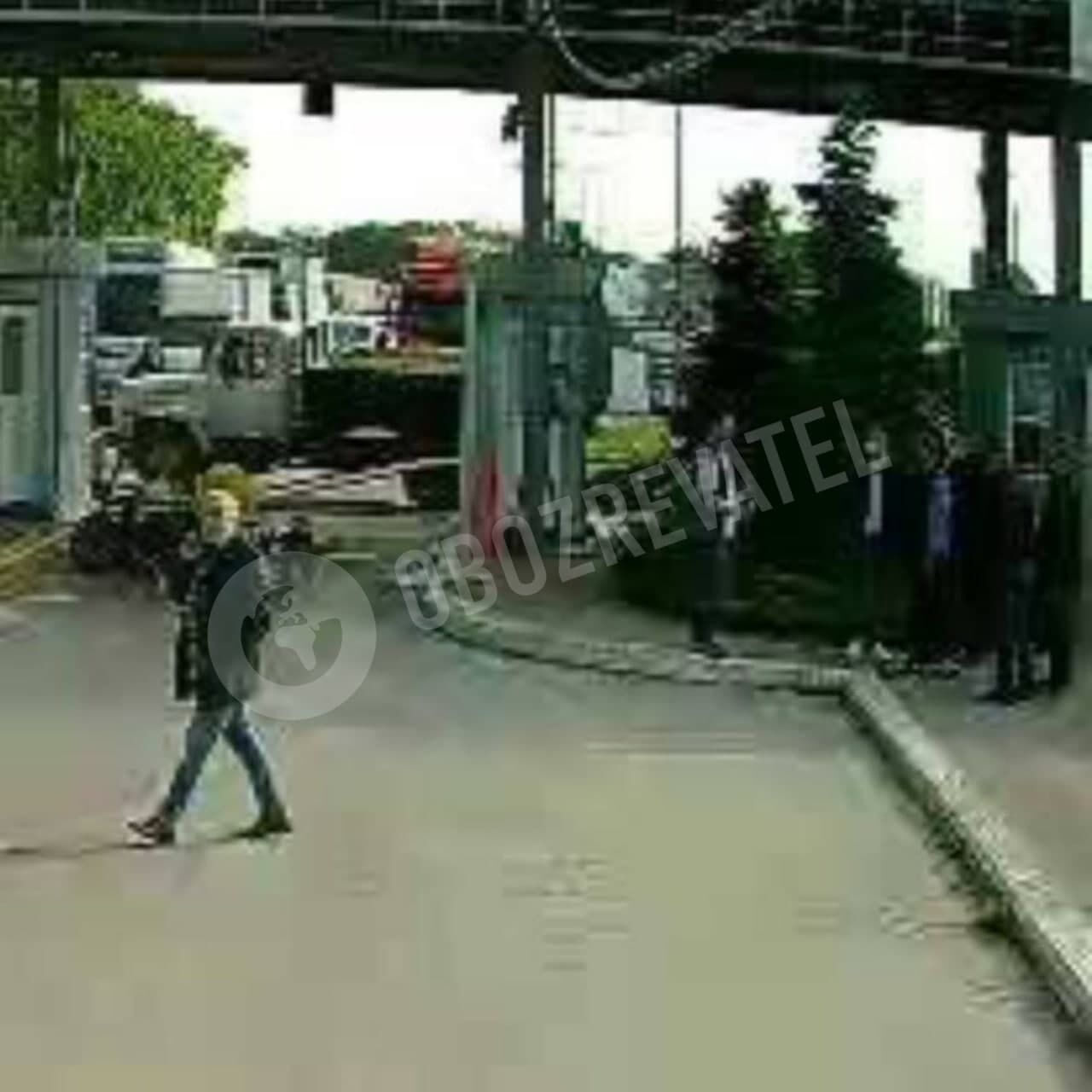 Тітушки Молчанової в балаклавах і без розпізнавальних знаків проникли на територію ринку ще 3 червня