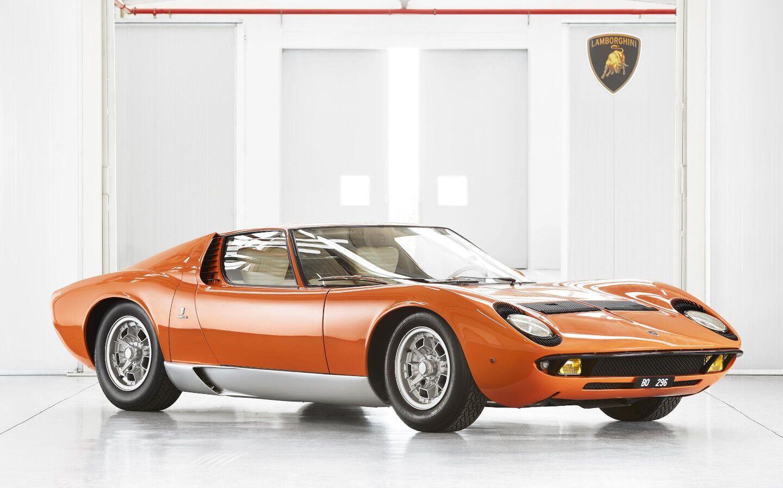 Lamborghini Miura в любимом цвете певца – антрацитовом оранжевом