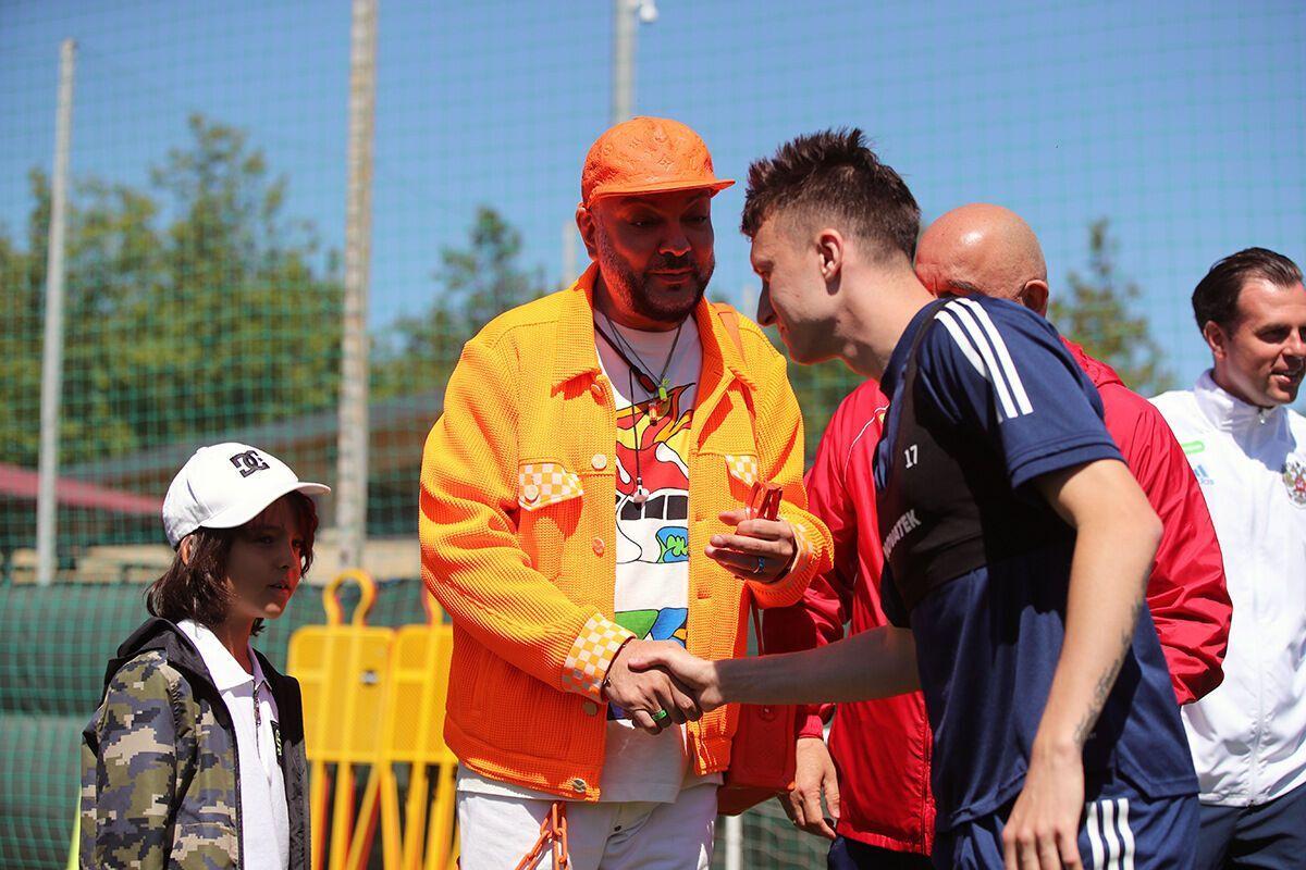 Филипп Киркоров с сыном на тренировке сборной России.