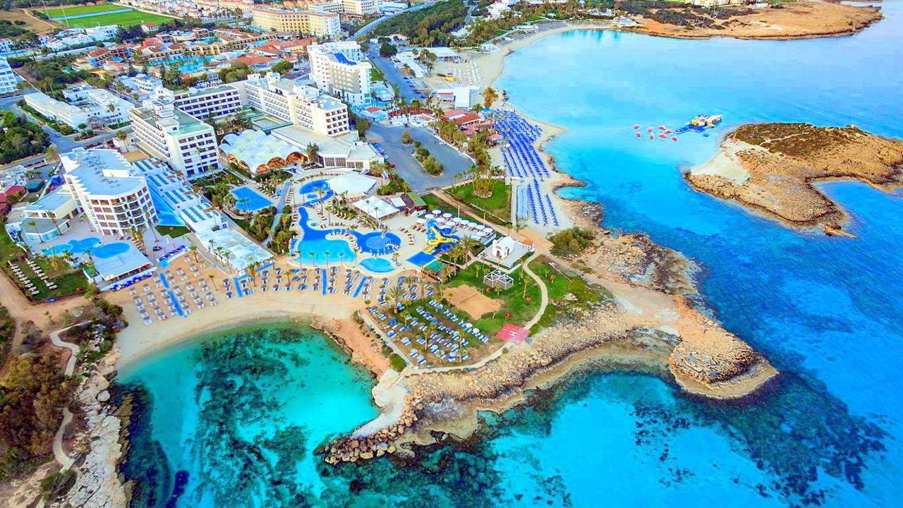 """В Кипре качество воды в море признано """"отличным"""""""