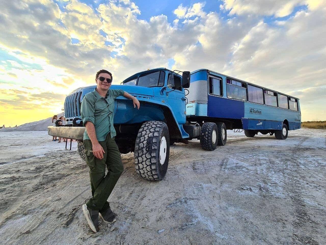 Комаров подякував українцям за те, що вони подорожують