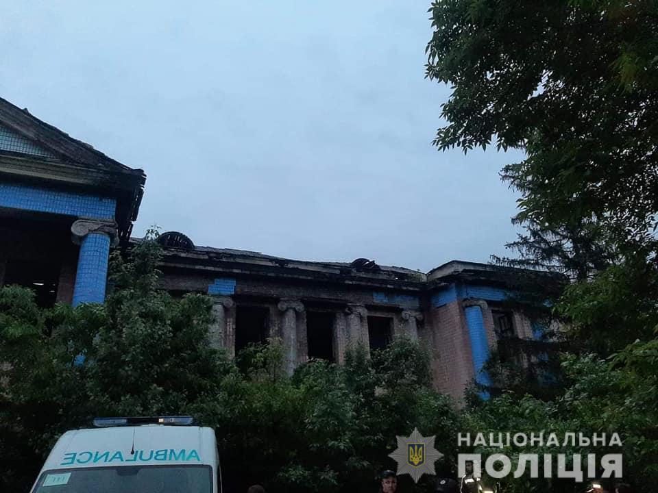 Здание, где погиб ребёнок