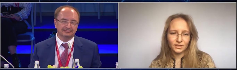 Імовірна дочка Путіна в прямому ефірі
