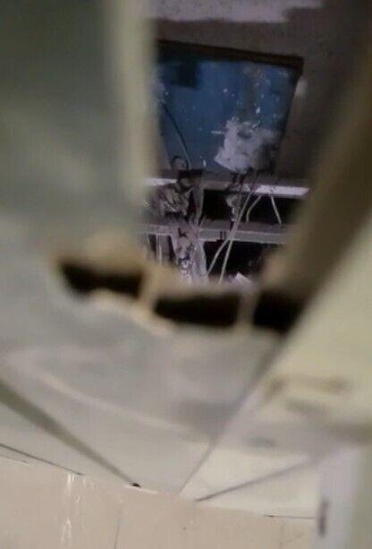 Кабінка ліфта з українцями зірвалася з 15-го поверху будівлі