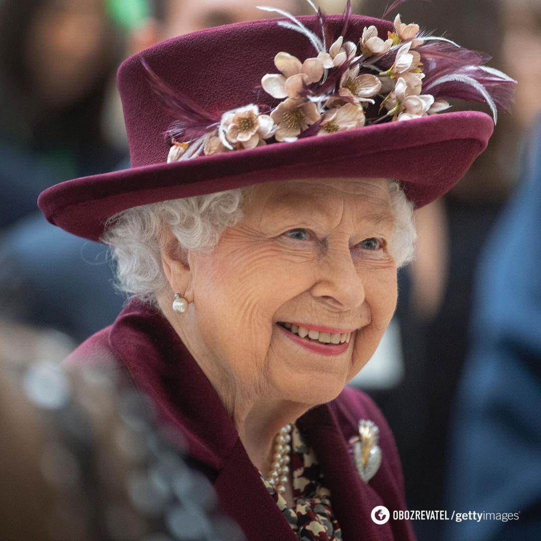 Королева Великобританії Єлизавета II