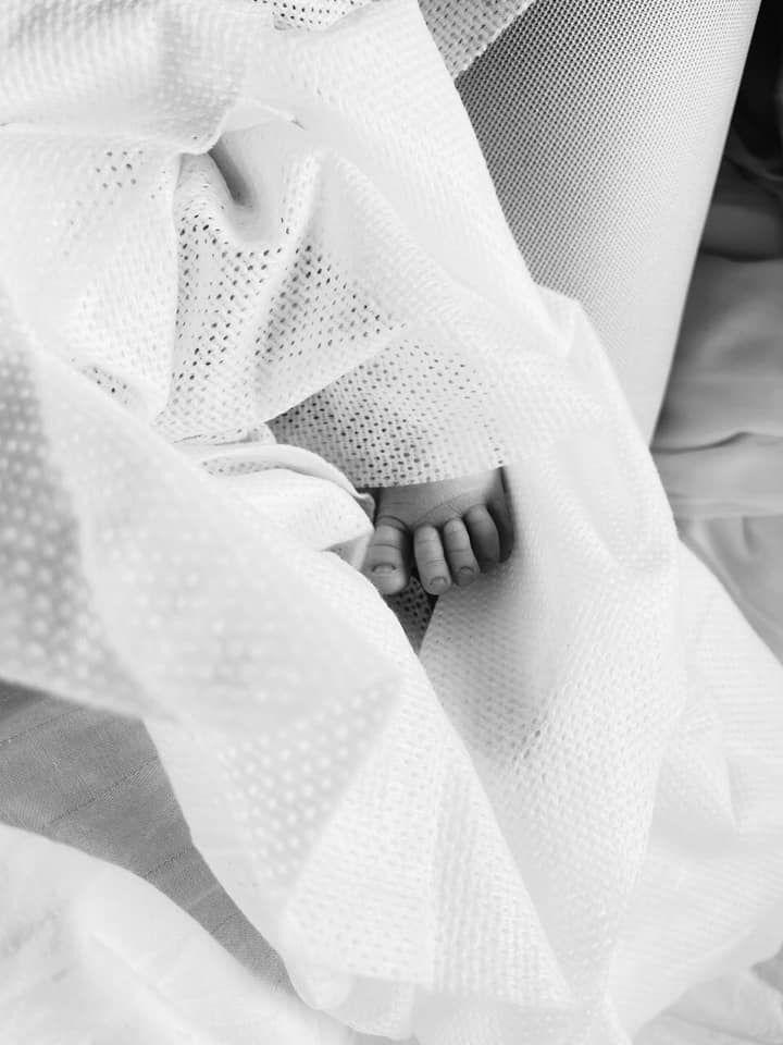 Первое фото Софии - новорожденной дочери Леси Василенко