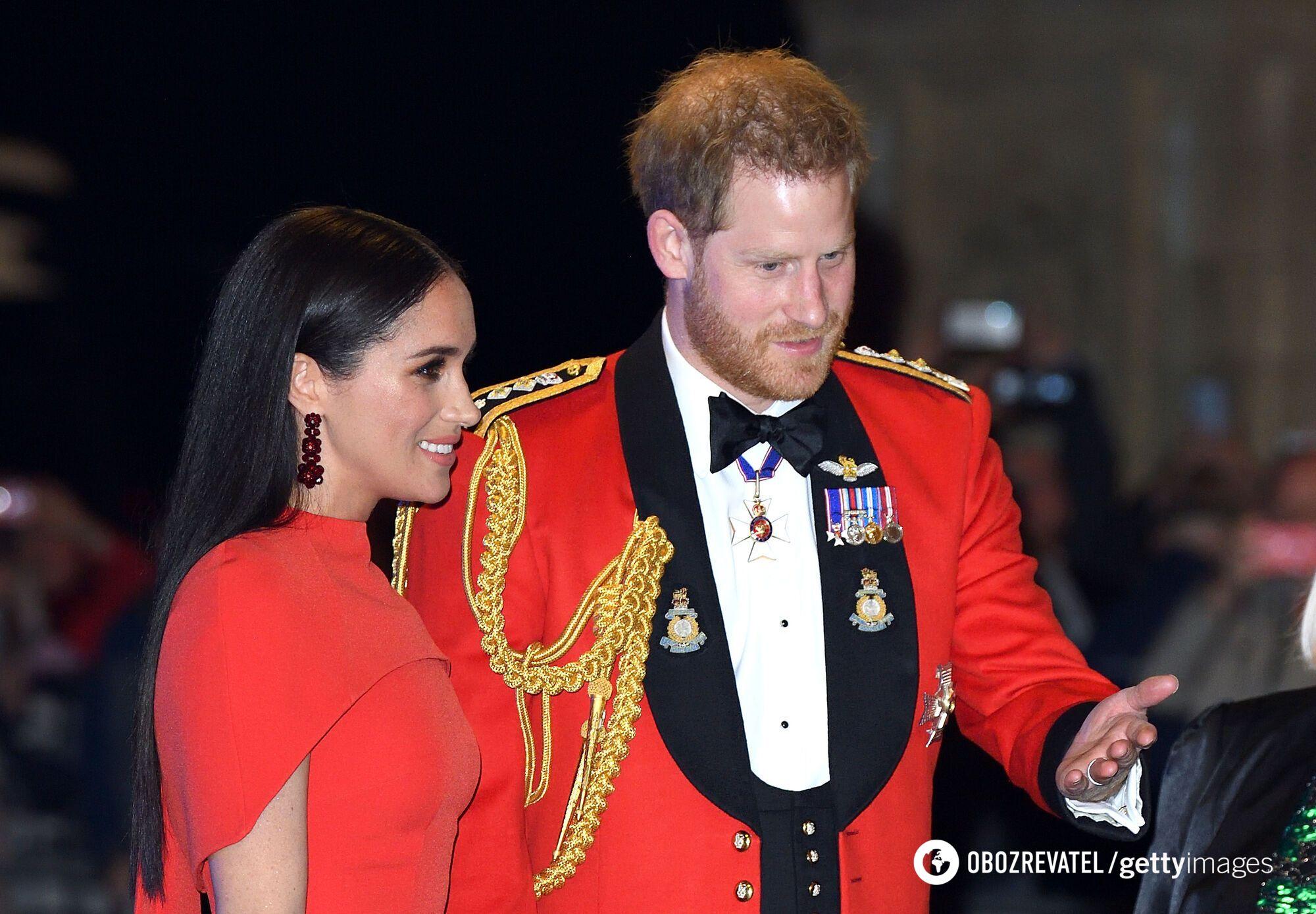 В сети бурно обсуждают принца Гарри и Меган Маркл