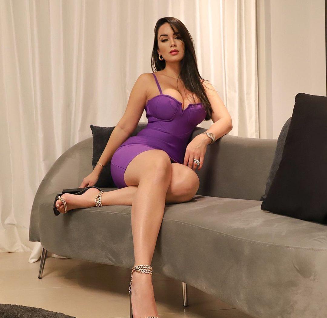 Наталія Фелікс у сукні