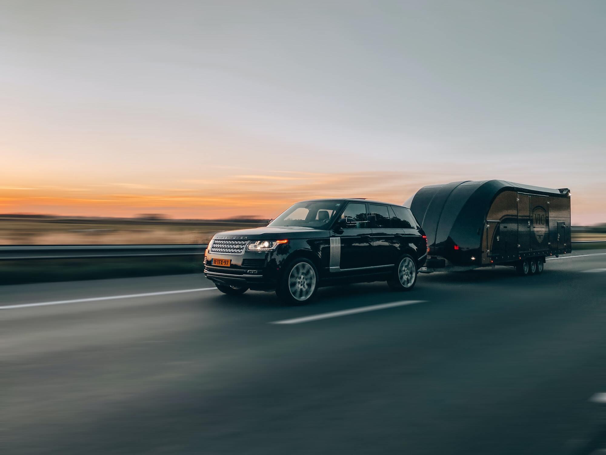 У Польщі для легкових автомобілів із причепом діють такі самі обмеження швидкості, як для вантажівок