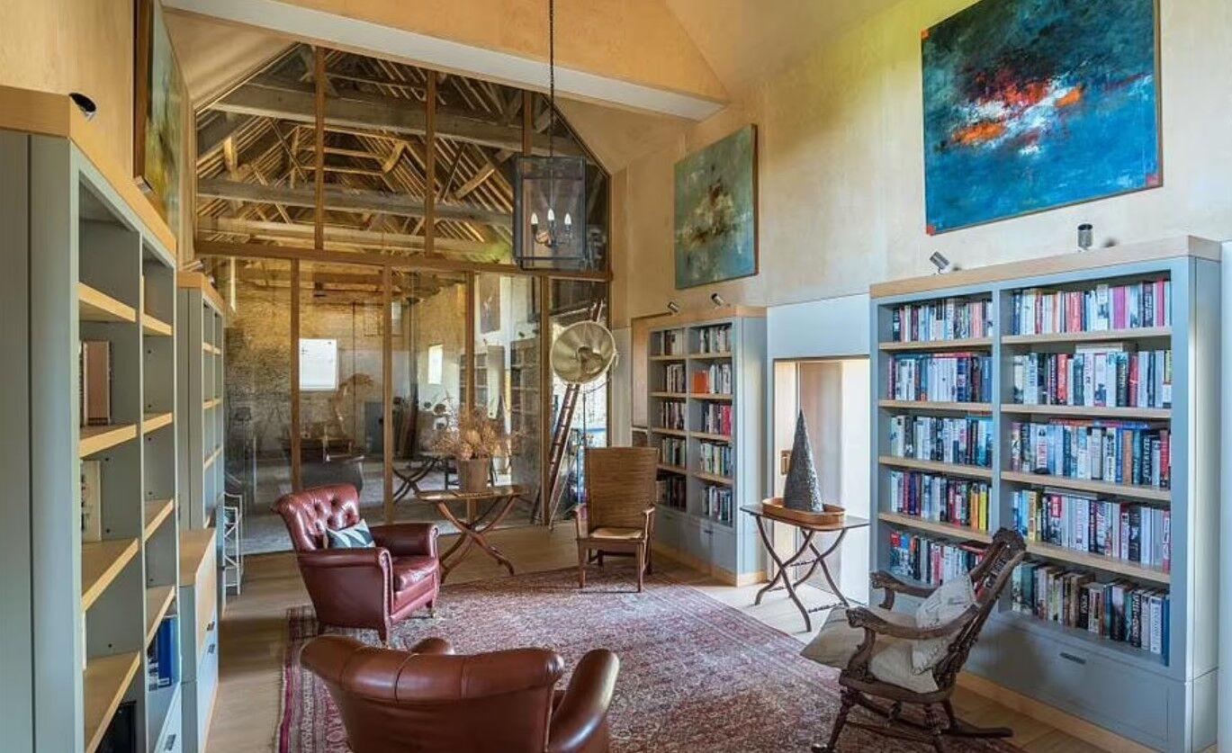 Як виглядає бібліотека.