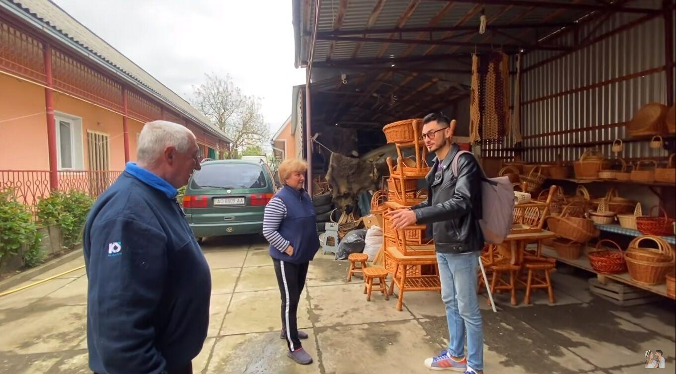 Макс Узол в українському селі Іза – столиці лозоплетіння