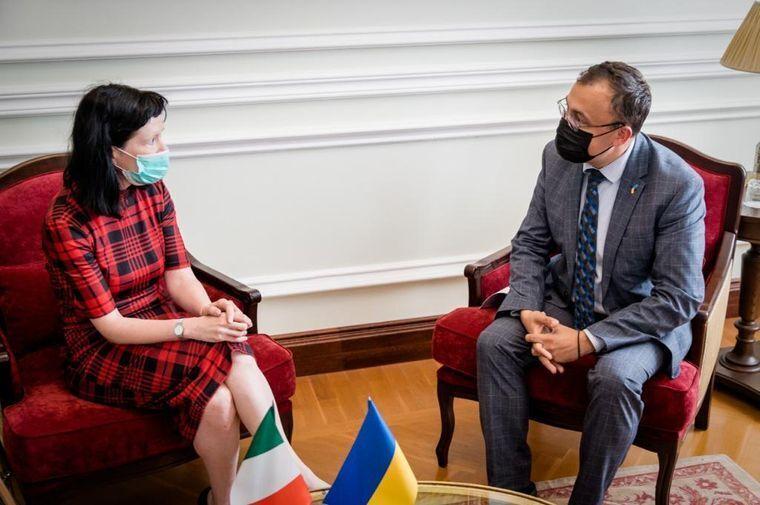 Заступник міністра закордонних справ України з .Після Ірландії в Києві.