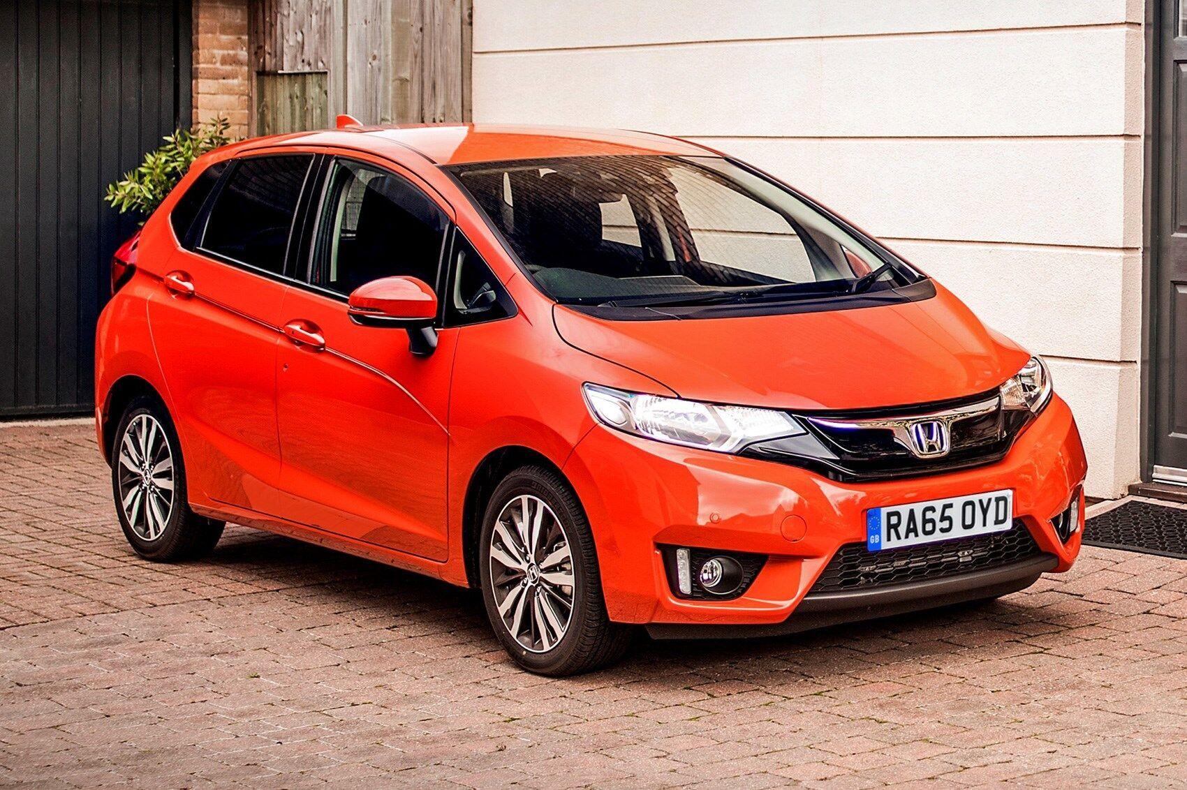 Honda Jazz – надежное и экономное авто