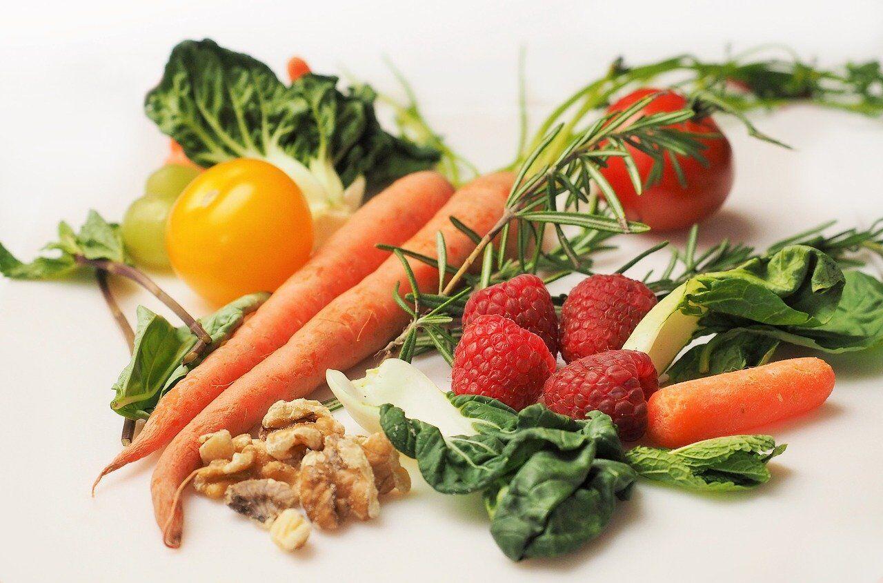 Здоровое питание – залог упругой кожи.