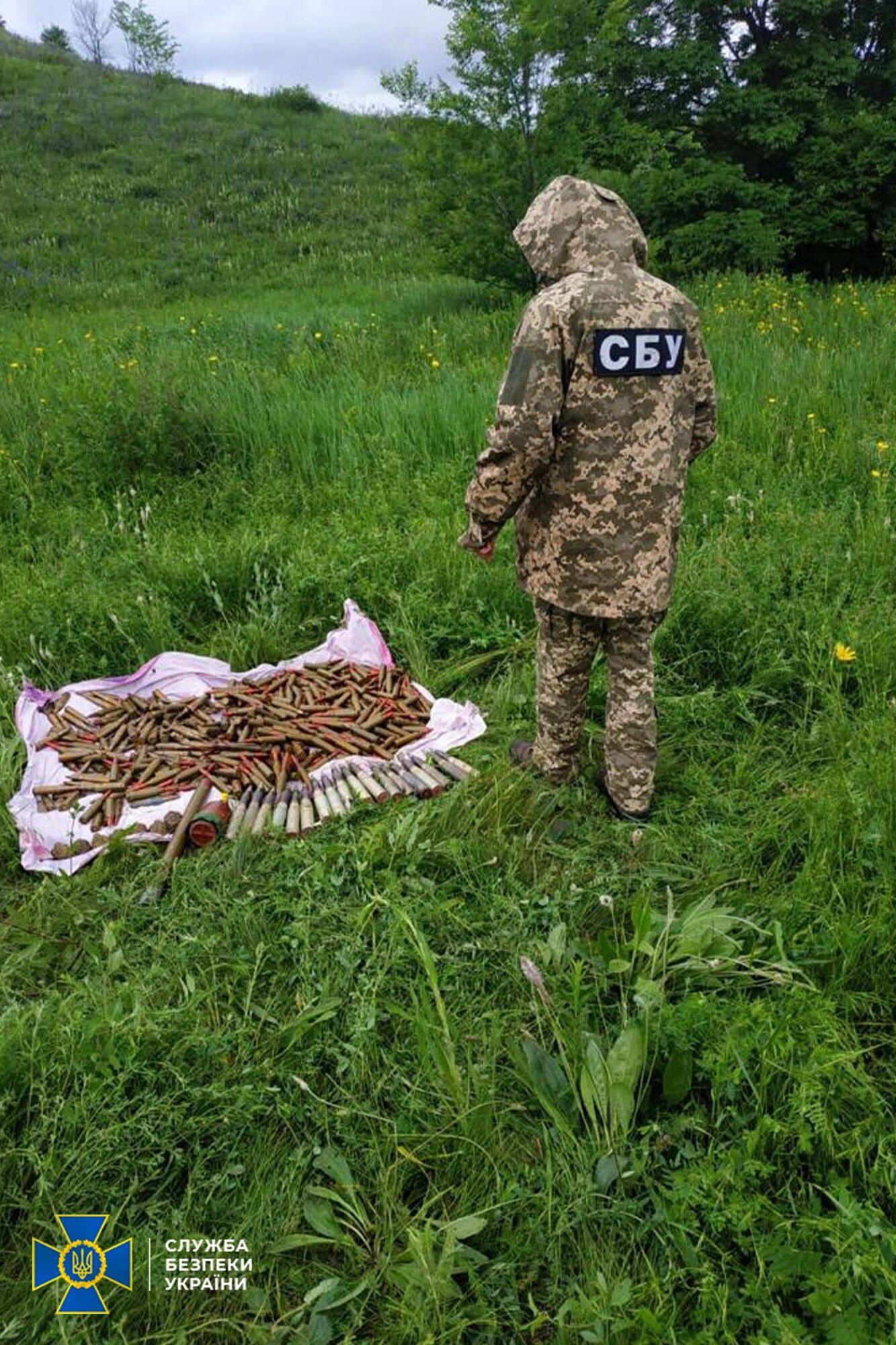 Схрони терористи облаштували у Щастинському районі