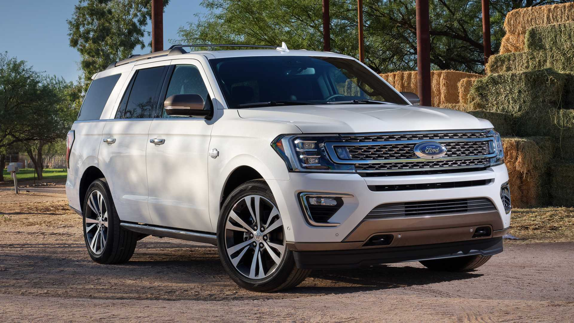 Ford Expedition и Lincoln Navigator тратят по 12,3 л на 100 км