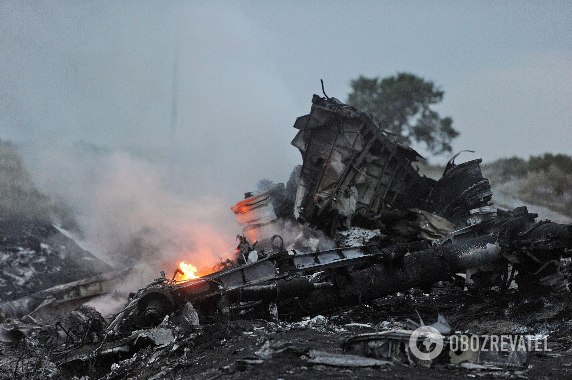 Место крушения сбитого Boeing 777 рейса MH17.