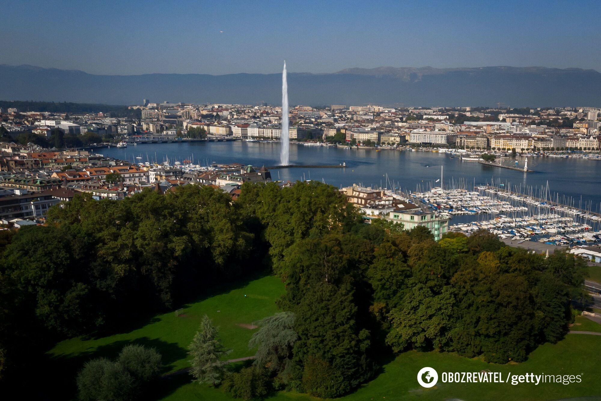 Вид на Женевское озеро