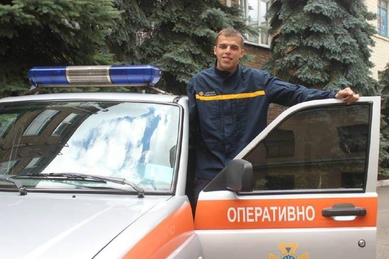 Олександр Хоменко врятував дівчину від нападника з ножем.