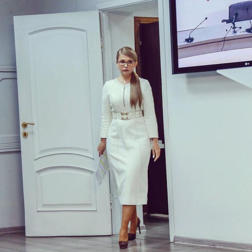 Юлія Тимошенко в білій сукні