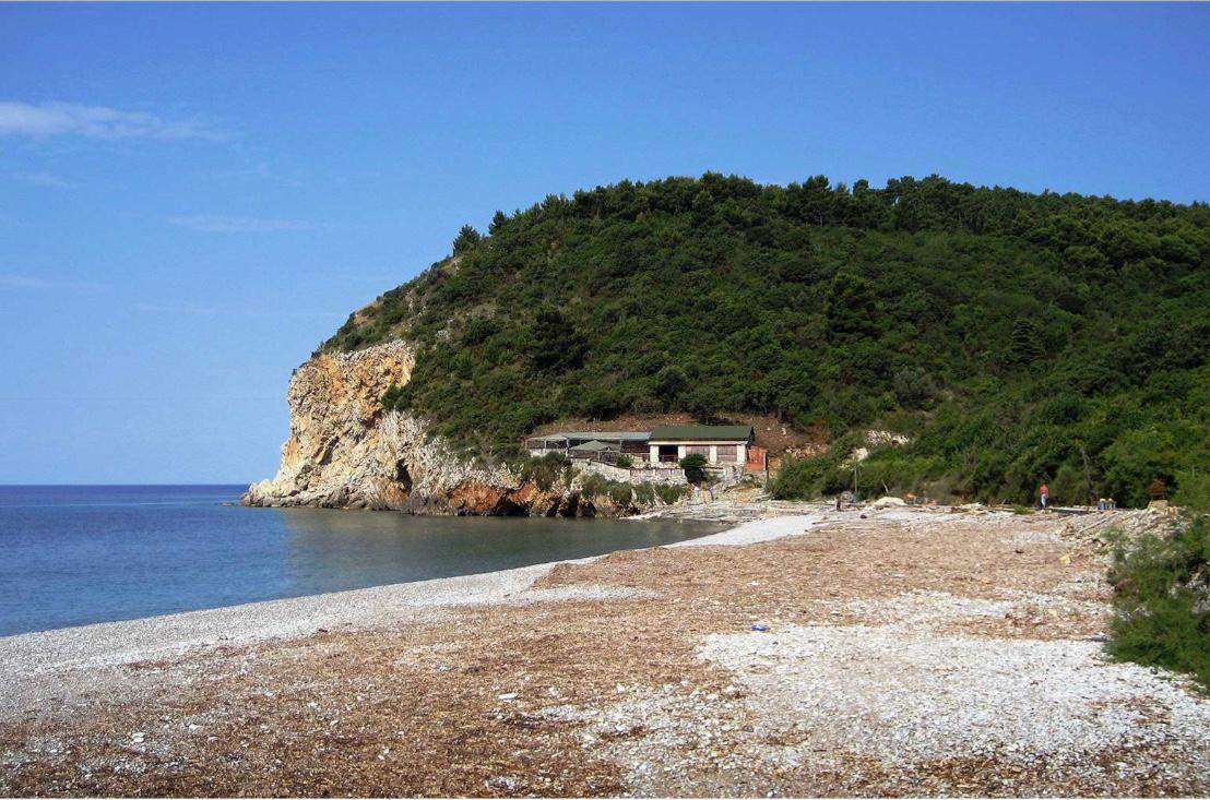 До недавнего времени Булярица был огромным диким пляжем без инфраструктуры