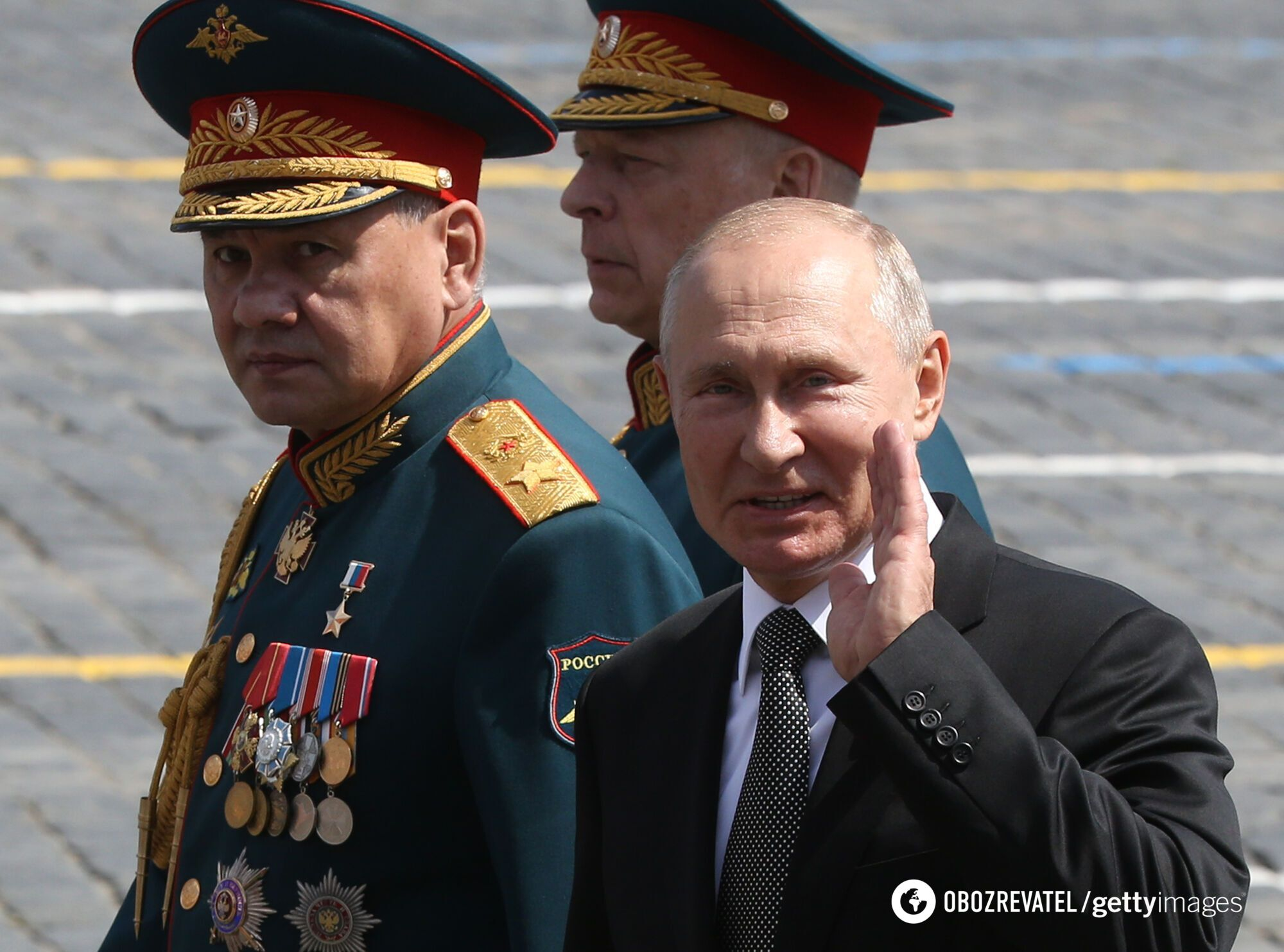 Путин стал вести себя более развязно на море.