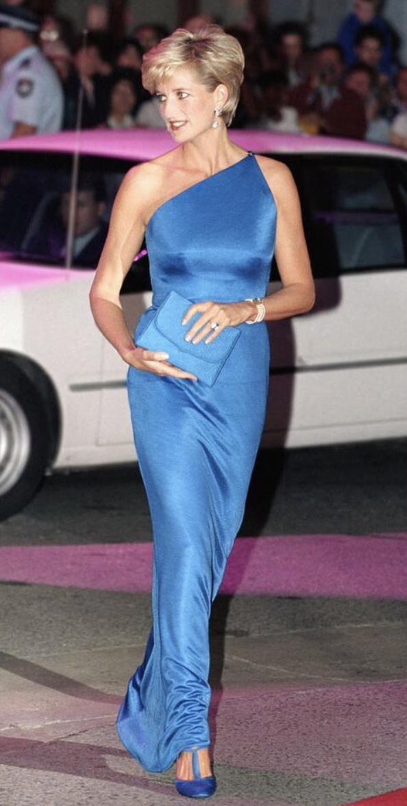 Принцесса Диана носила платья, которые в тренде до сих пор.