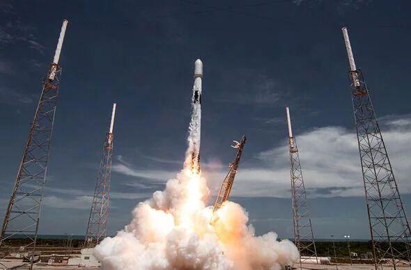 Запуск ракети Falcon 9.