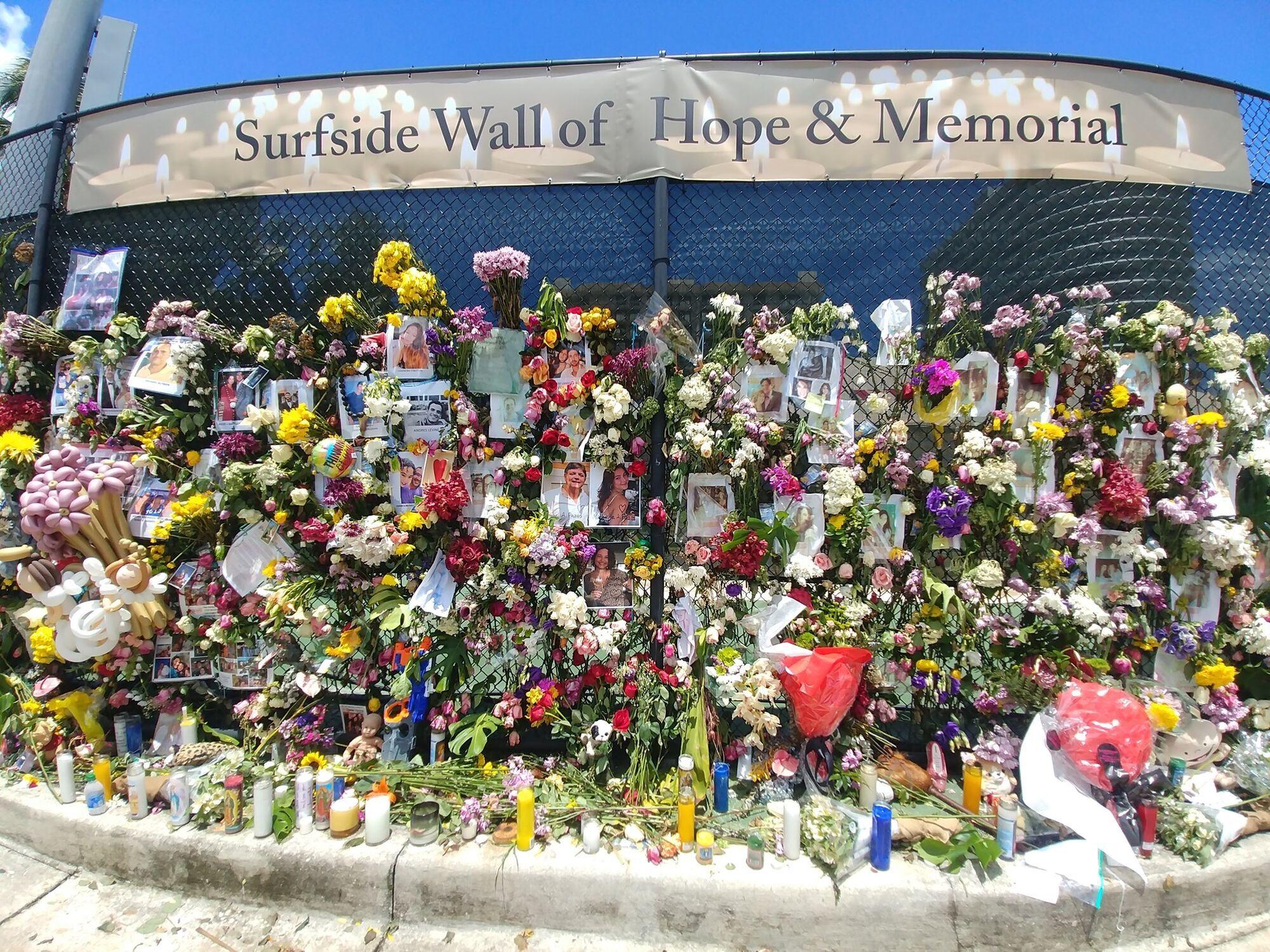 В память о жертвах обрушения дома