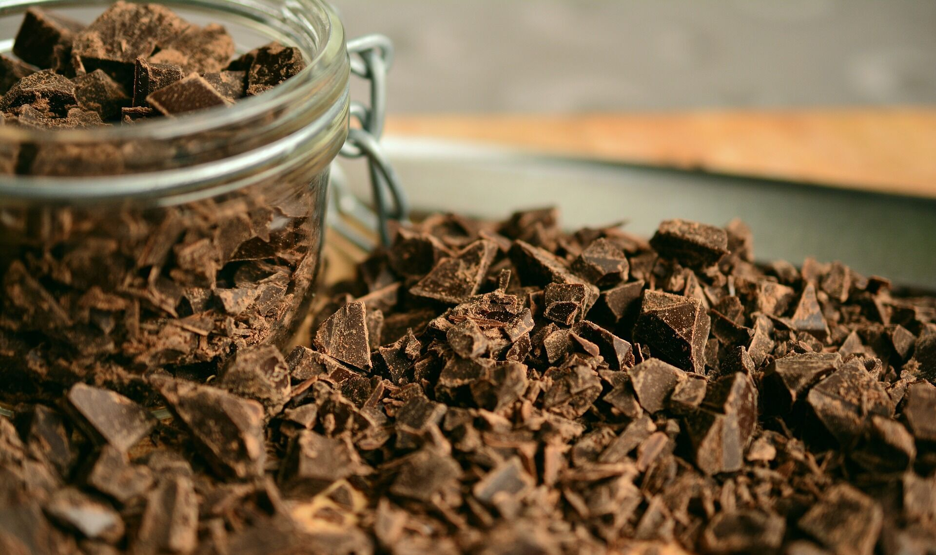 С чем шоколад лучше не есть