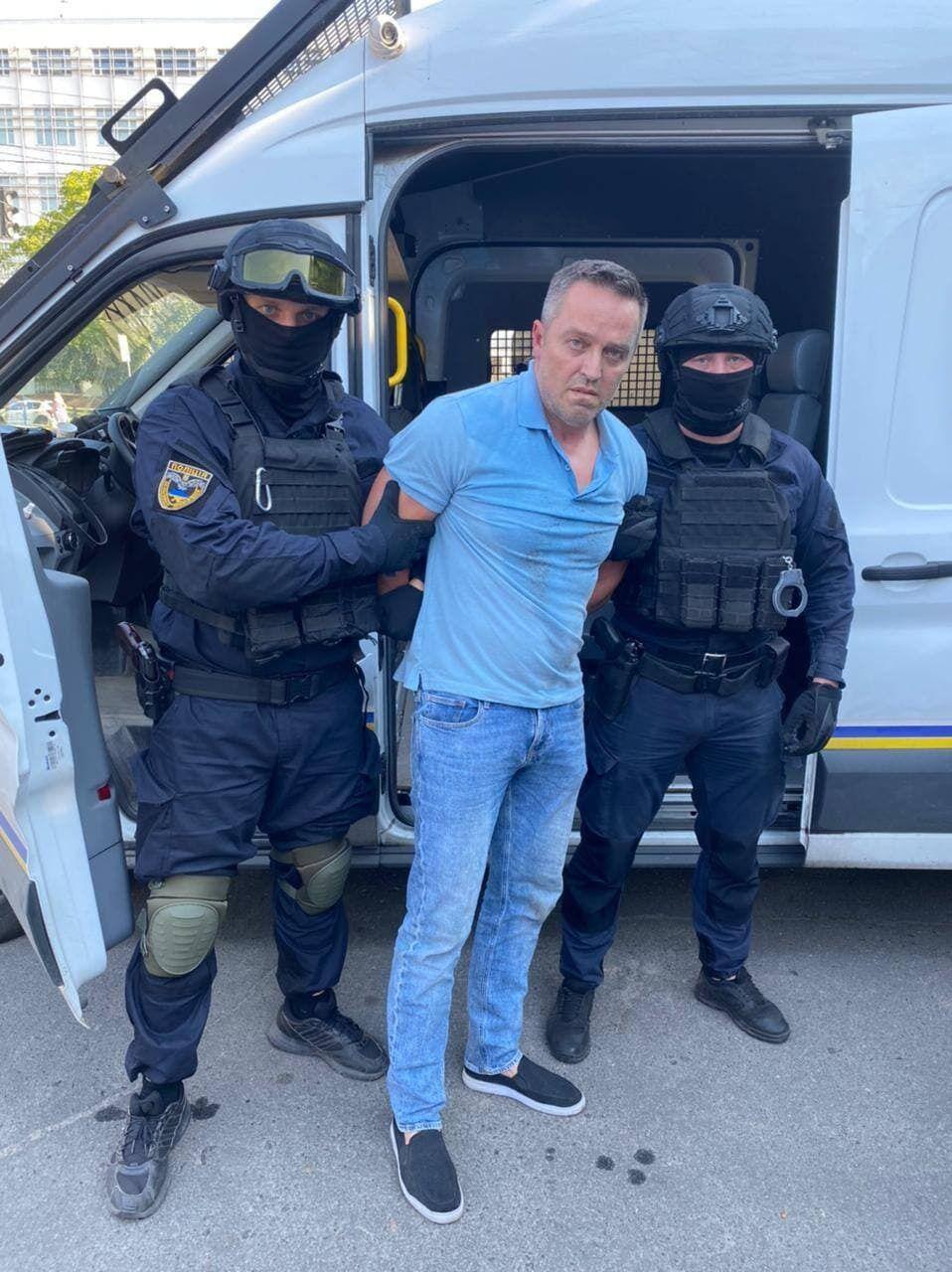 Утікача затримали в Харкові.