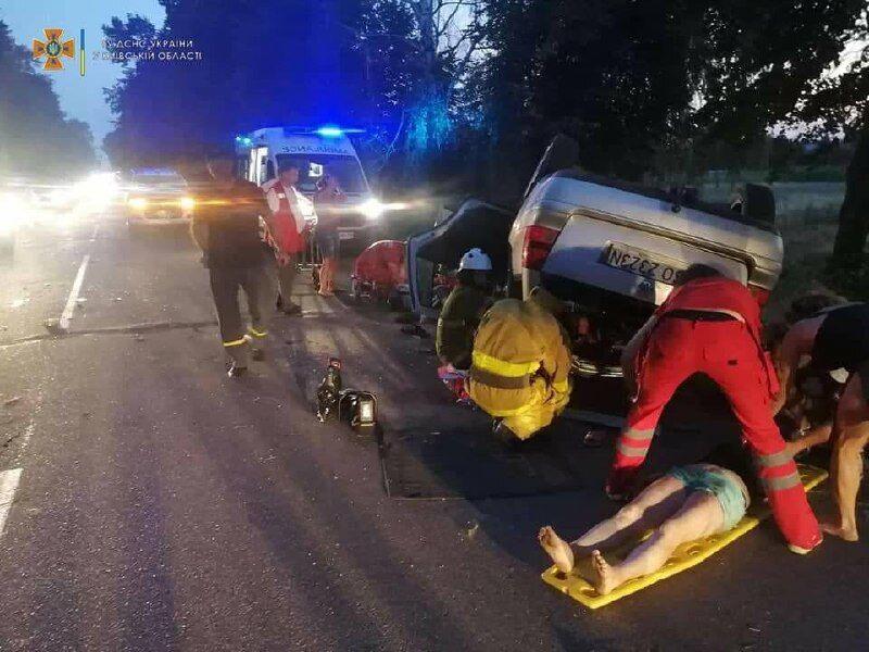 Шестеро людей опинилися в лікарні, двоє загинули