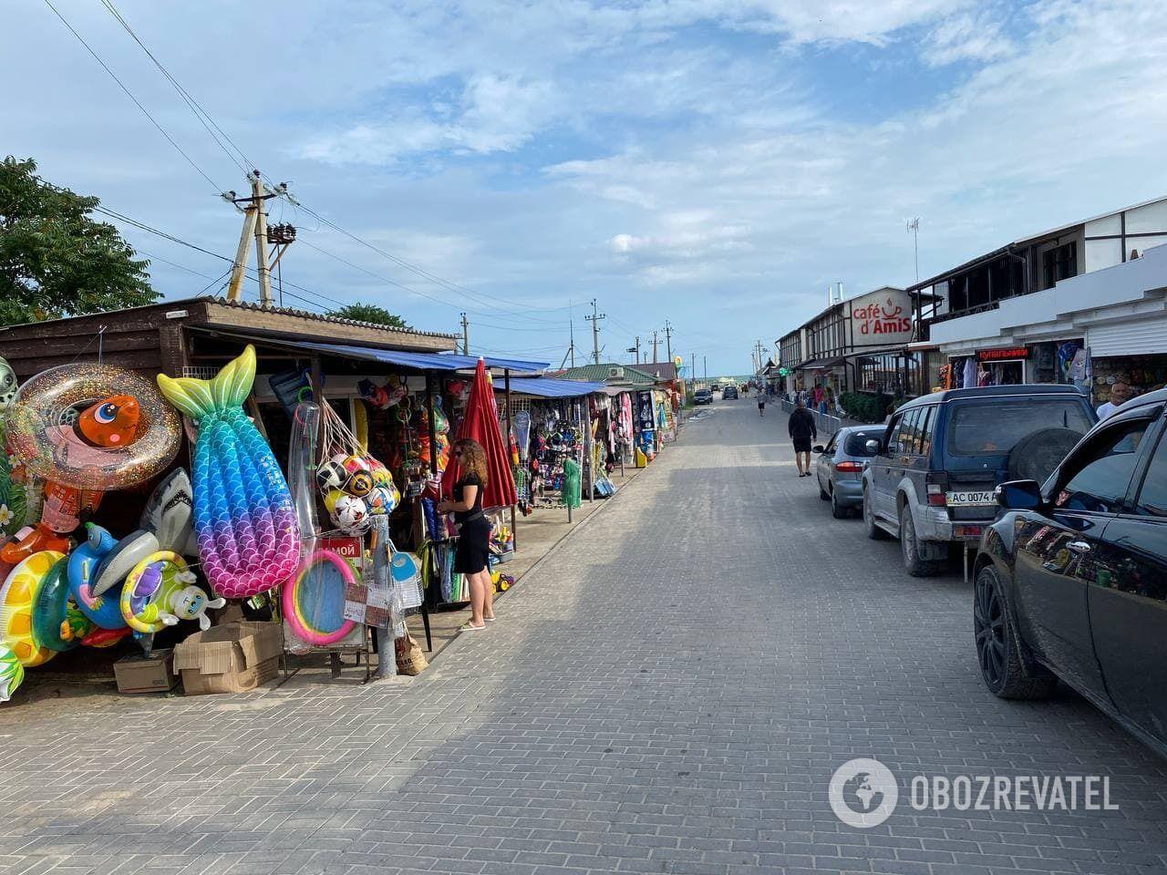 На Азовском море еду можно покупать на рынках или питаться в кафе