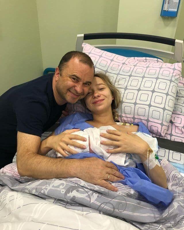 Віктор Павлік зі своєю дружиною і сином