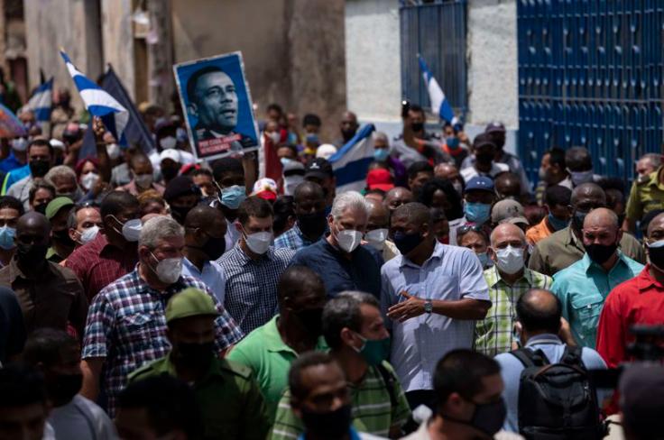 Кубинцы вышли на протесты против низкого уровня жизни.