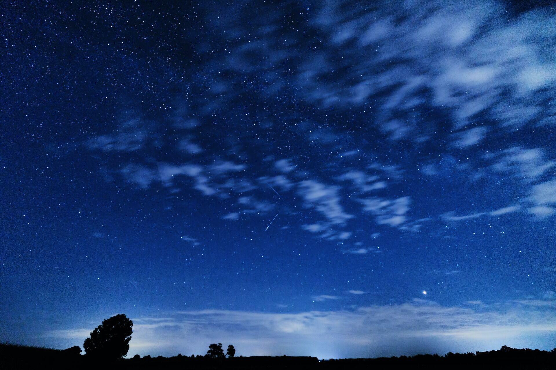 Радіант метеорного потоку розташований у сузір'ї Персея
