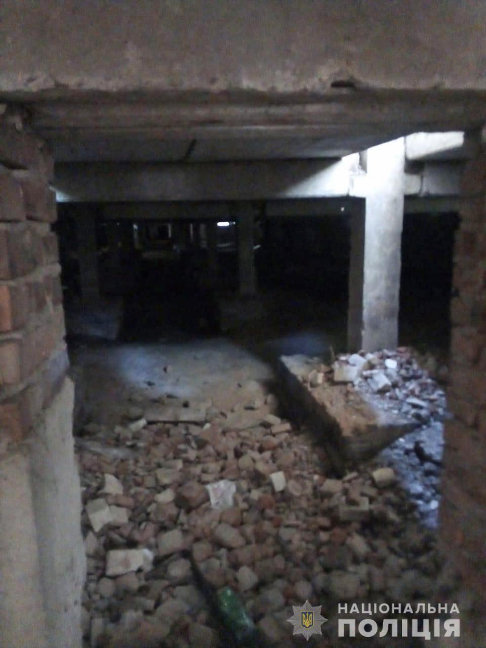 Труп выявили внутри здания