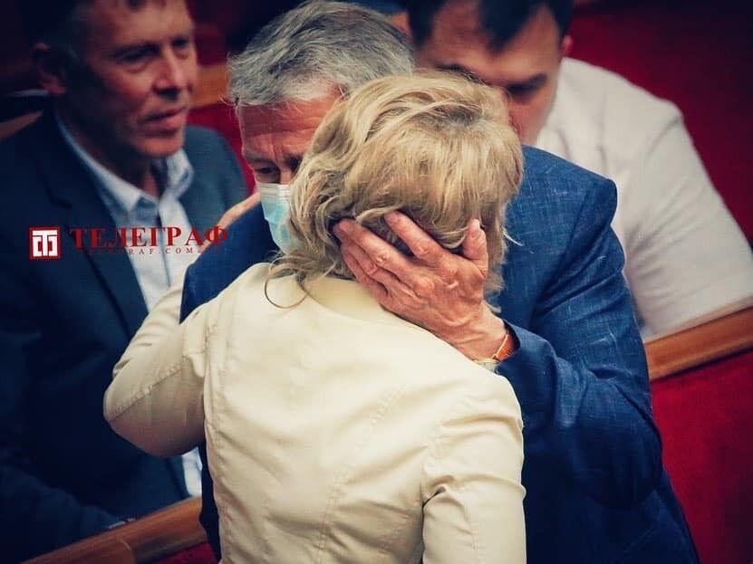 Юлія Тимошенко показала нову зачіску.