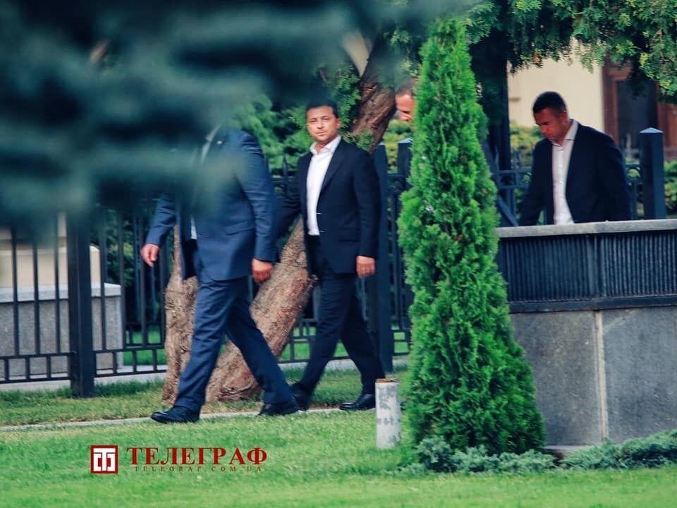 """Зеленський йде на зустріч зі """"слугами"""""""
