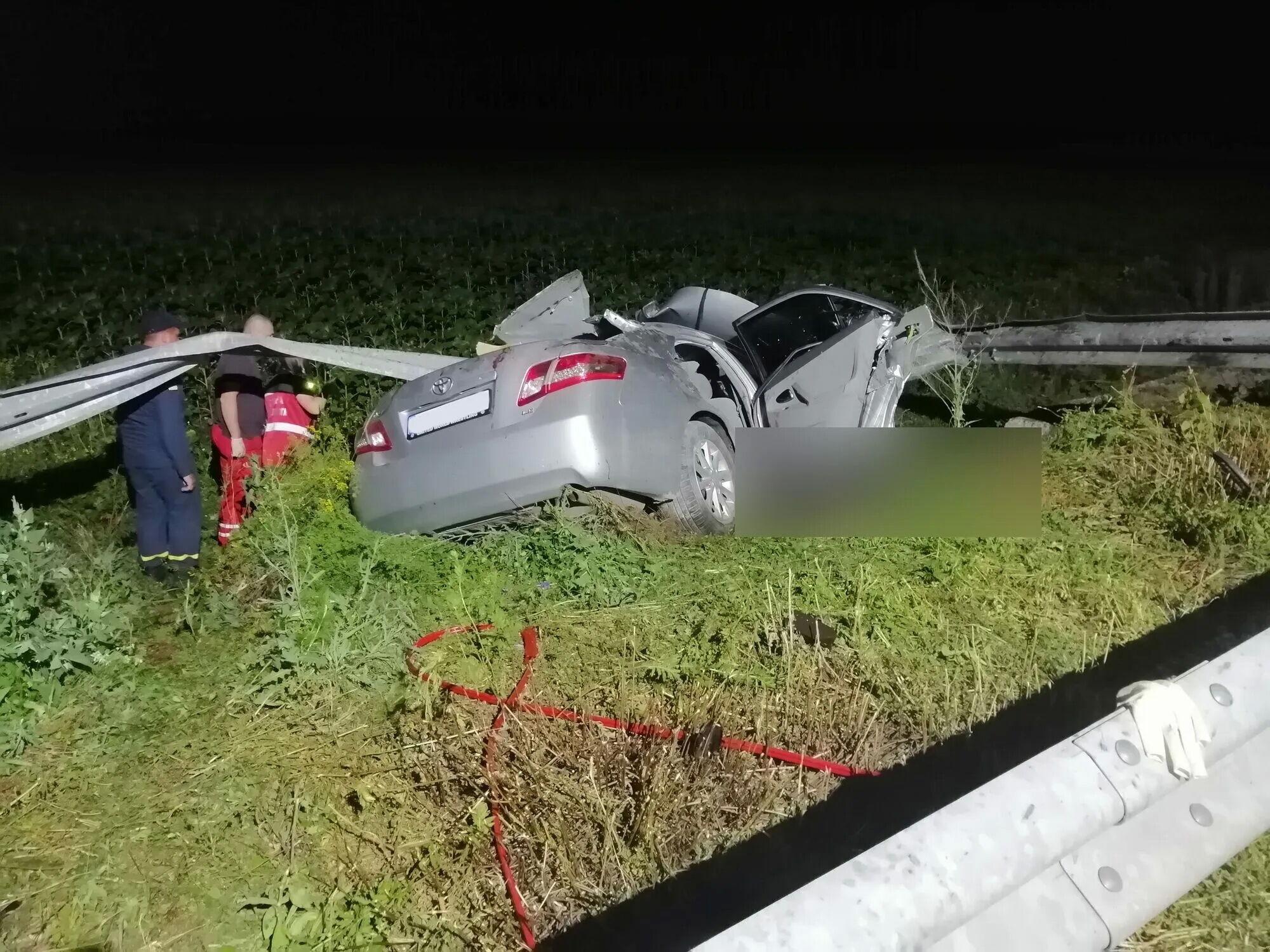 Поблизу міста Покровськ в аварії загинули двоє людей.