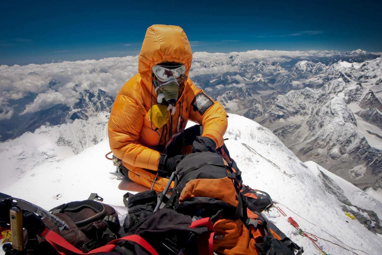 Піднятися на Еверест із гарною екіпіровкою можна за 160 тисяч доларів